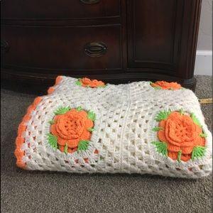 Crochet floral blanket 84x59' orange green white